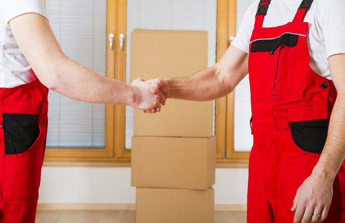 removalists shaking hands