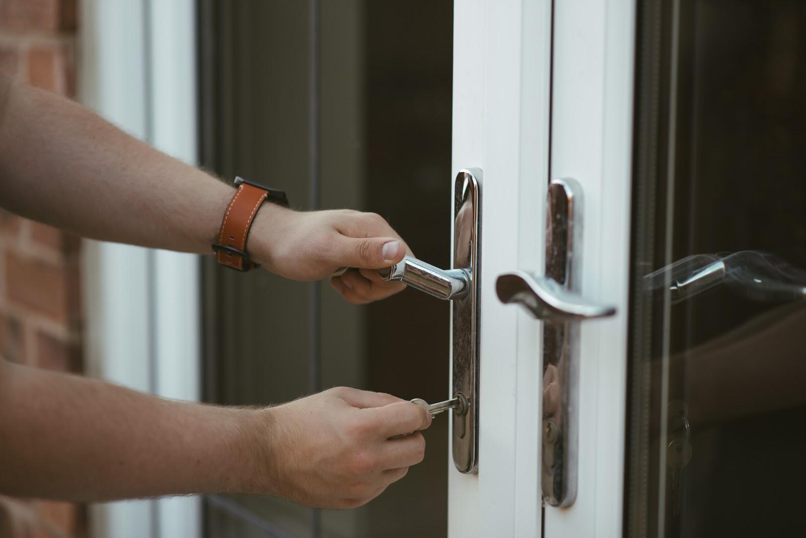 opening door removals redcliffe
